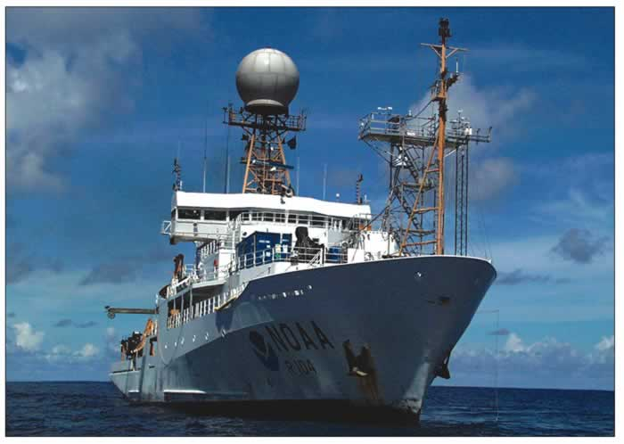NOAA reasearch ship at sea
